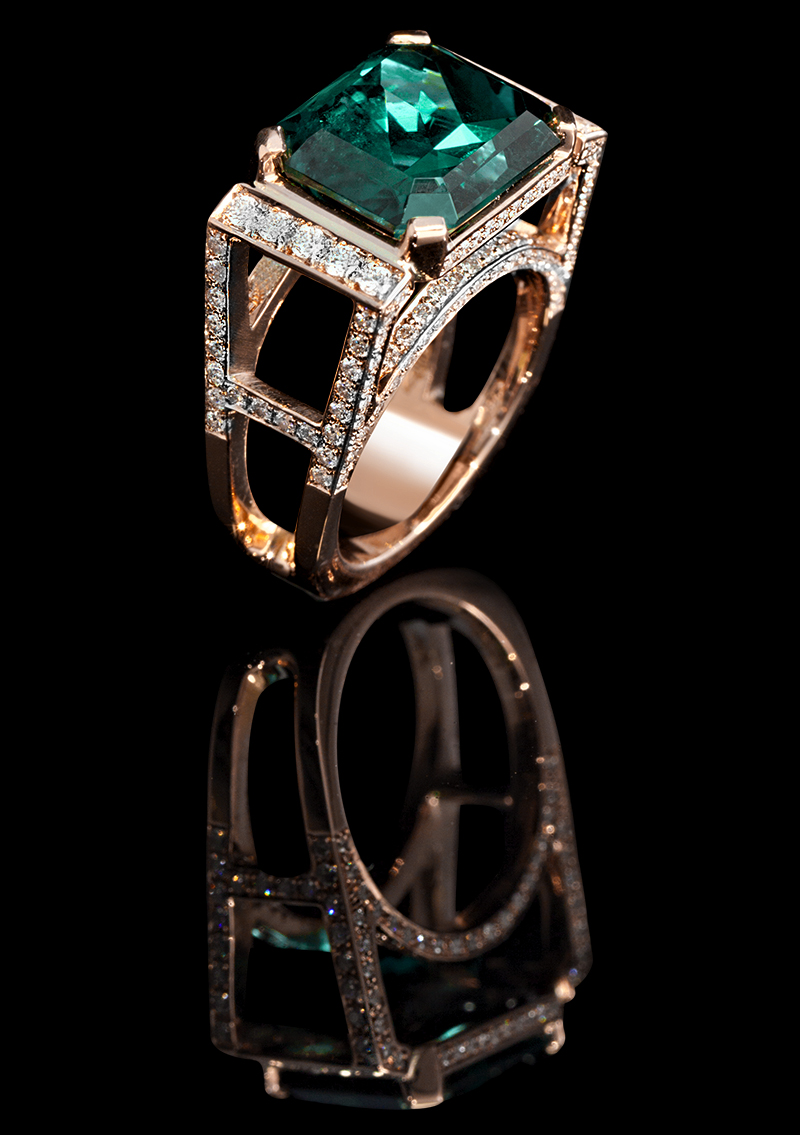 FRIDA | Fine Jewellery. Frida Fine. Custom designed 18kt pink gold ring set with a faceted green tourmaline and brilliant-cut diamonds.jpg