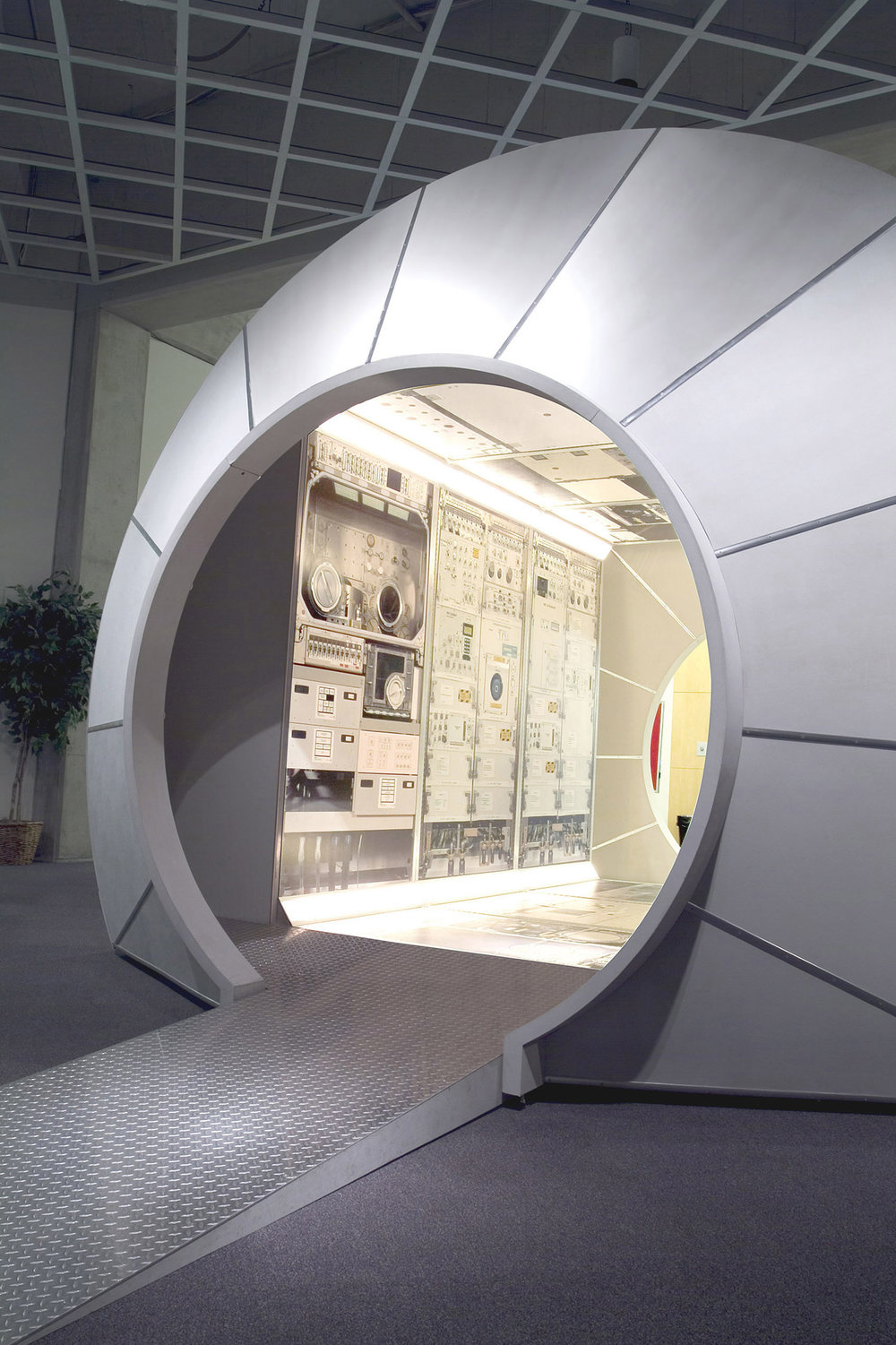 Destiny Space Module Replica Environment