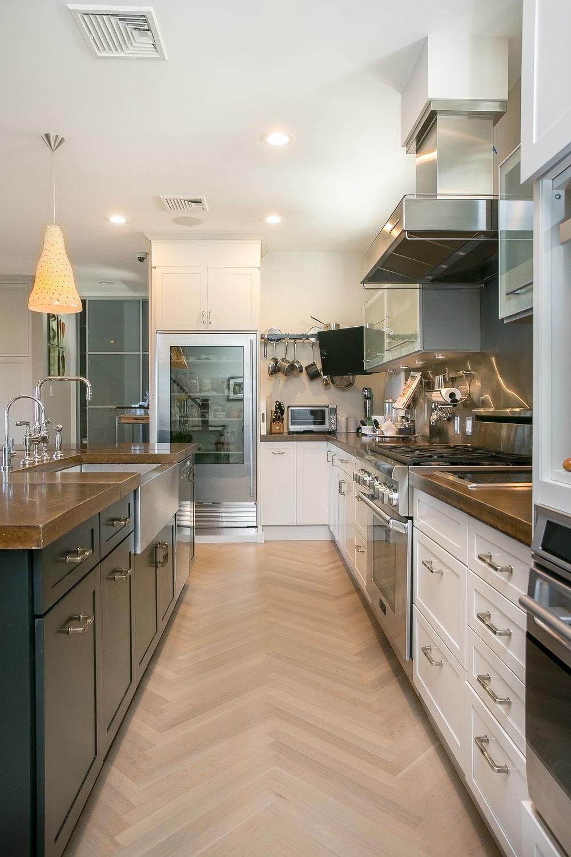 lower kitchen 3.jpg