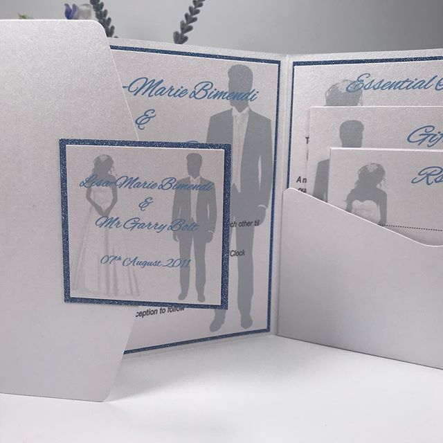 JEMIMA is packed full of detail but carries the subtle look. A small token of decoration to the front of this Invitation, showcasing just a wee bit of blue glitter and the bridge & groom. Inside however, WOW! The bridge & groom decorative cards against the blue glitter background just look AMAZING! @sapphire_stationery  #invites #invitations #weddingstationery #stationery #pocketfold #pocketfoldinvitation #bookfold #bookfoldinvitation #weddings #celebrations #specialoccasions
