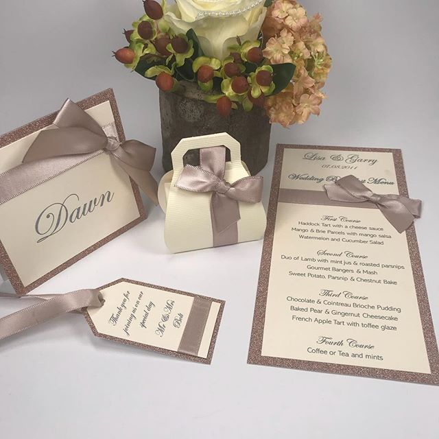Check out our SPECIAL OFFER for table stationery!  Place Card + Menu + Luggage Tag + Favour £4.51 per head!  https://sapphirestationery.org/fiona @sapphire_stationery #weddings #weddingdecoration  #stationery #weddingstationery #onthedaystationery #tablestationery