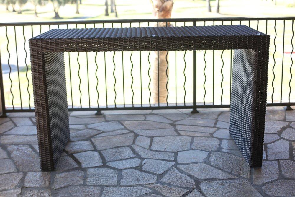 San Juan Bar Table