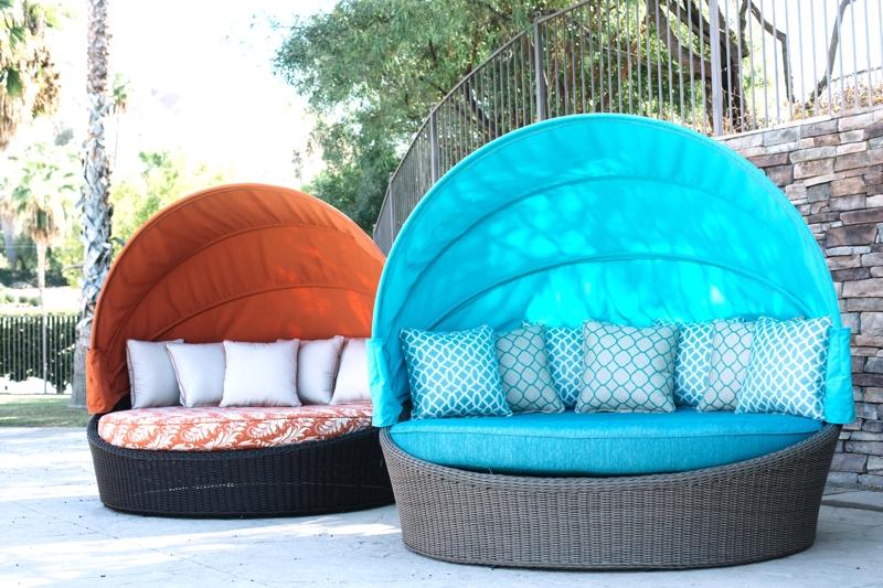 Arranging Outdoor Patio Furniture