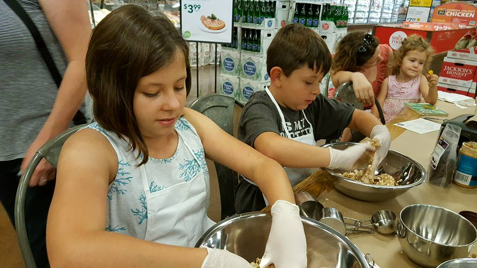 Healthy Kids Cooking Class - Wholefoods - Playdate Connection 2016 b.jpg