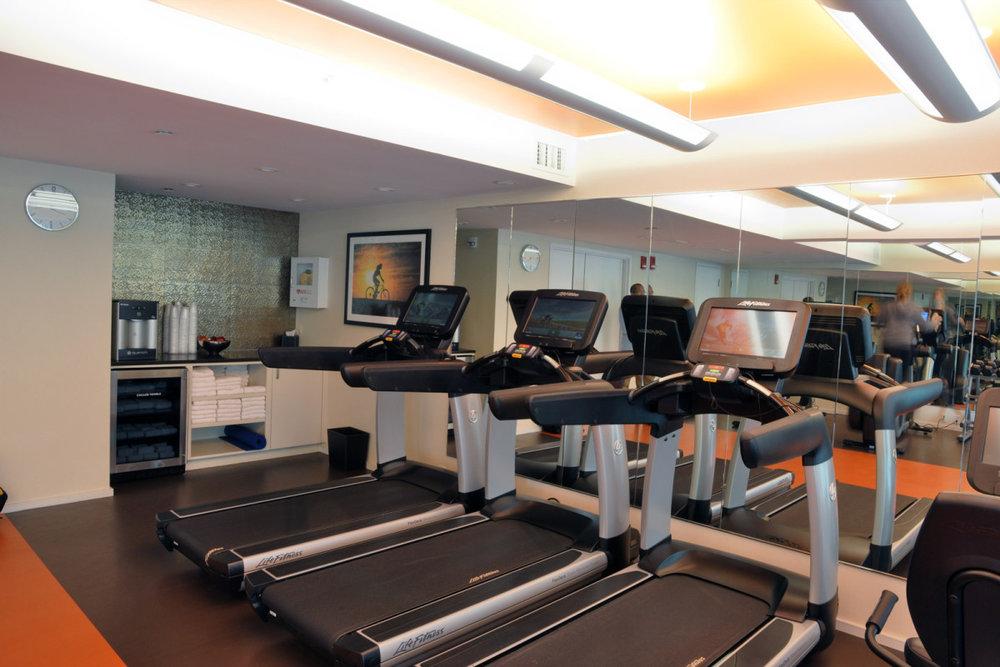 liberty-hotel-fitnesss-center-03-1200x800.jpg