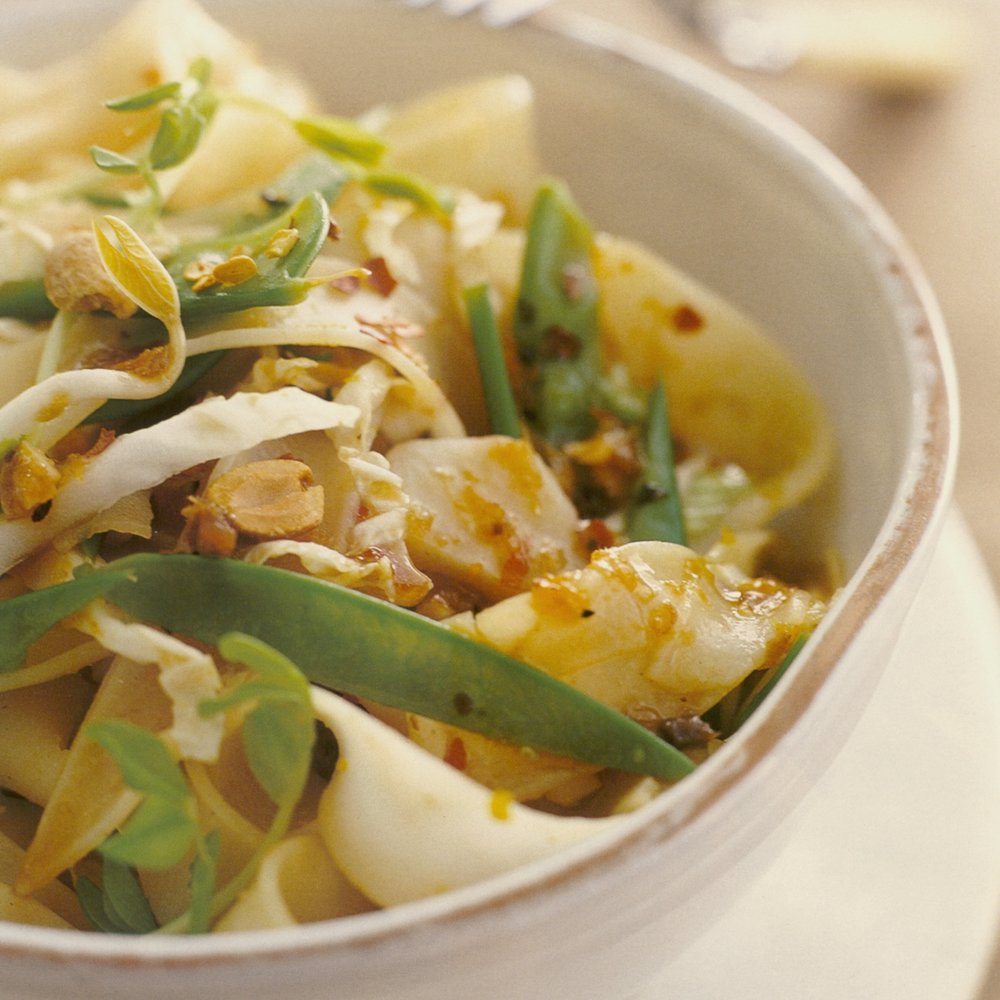 Spicy Pad Thai Salad.jpg