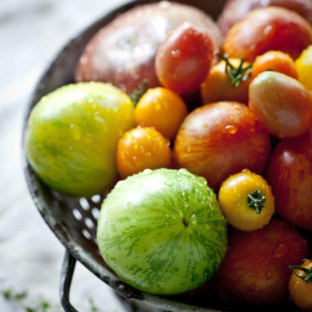 heirloom tomatoes-sara_shoot2_0164 copy.jpg