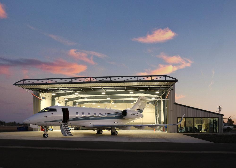 Lanz Hangar -North - Night.jpg
