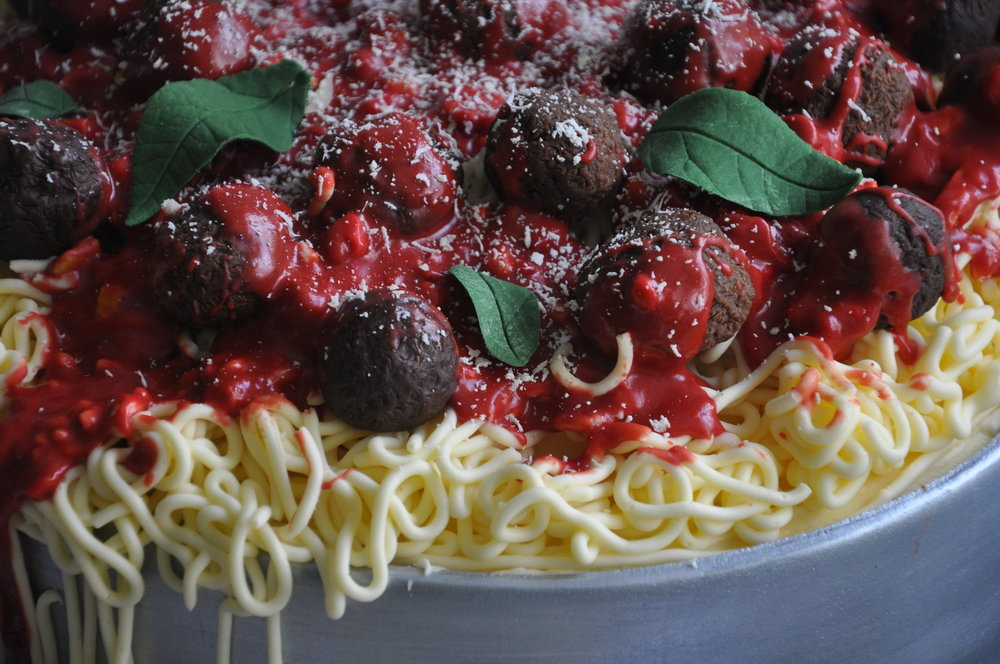 2014-05-09 Spaghetti and Meatballs Birthday Cake 07.JPG