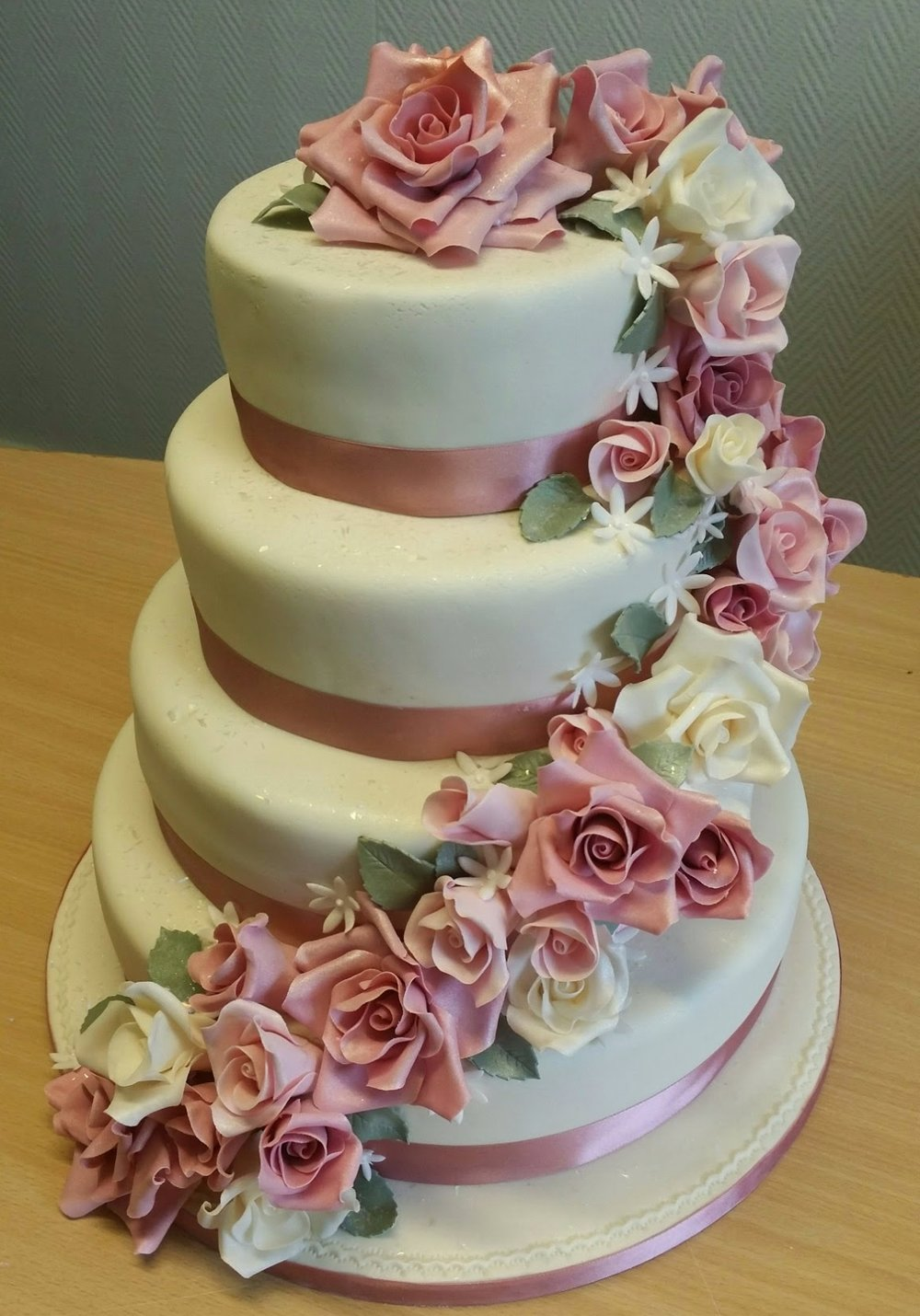 Sugar flower cascade -