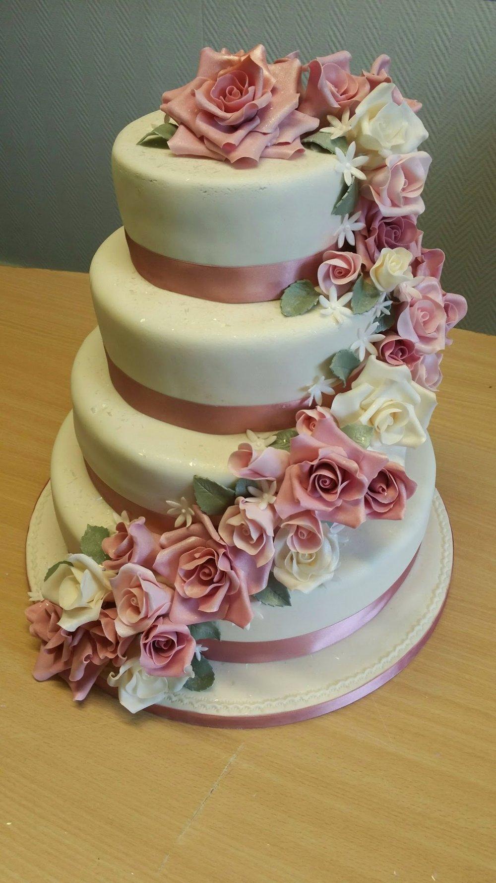 Surprising Flowers Cakes Cakeadelic Wedding Cakes And Birthday Cakes In Birthday Cards Printable Opercafe Filternl