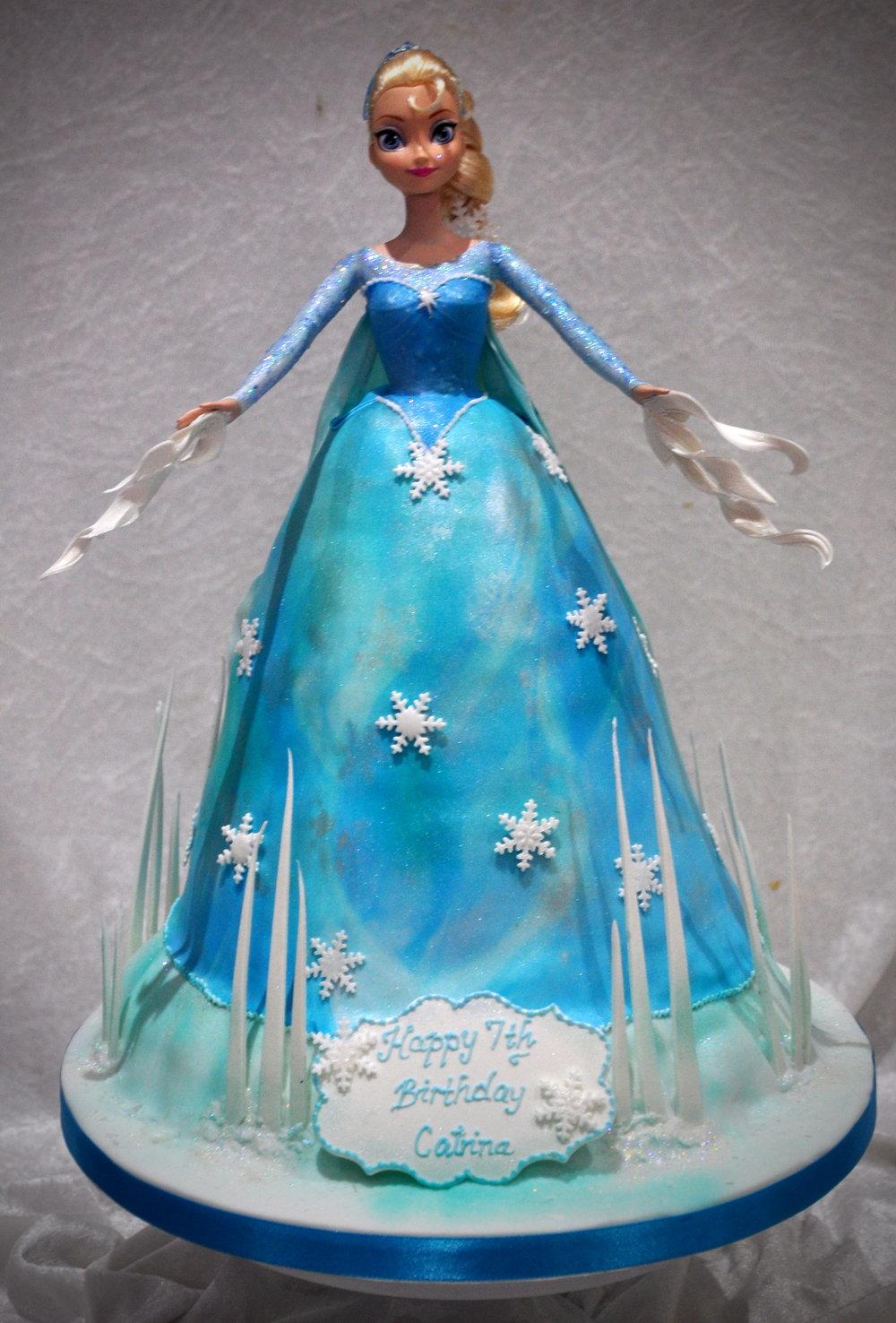 Frozen birthday cake -