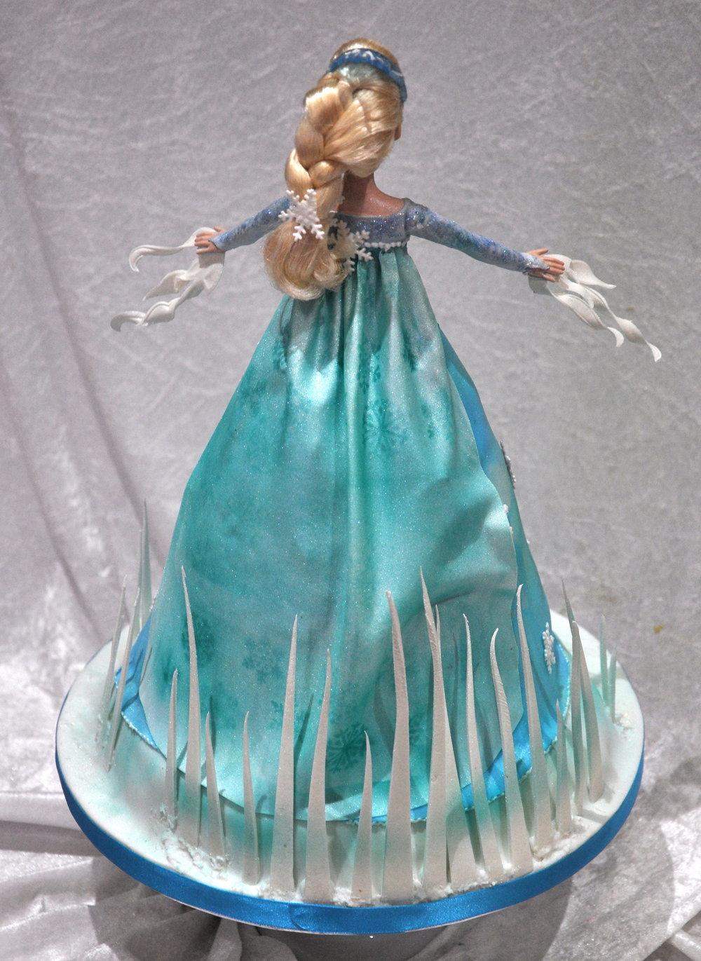 2014-03-01 Frozen Birthday Cake 04_v1.JPG