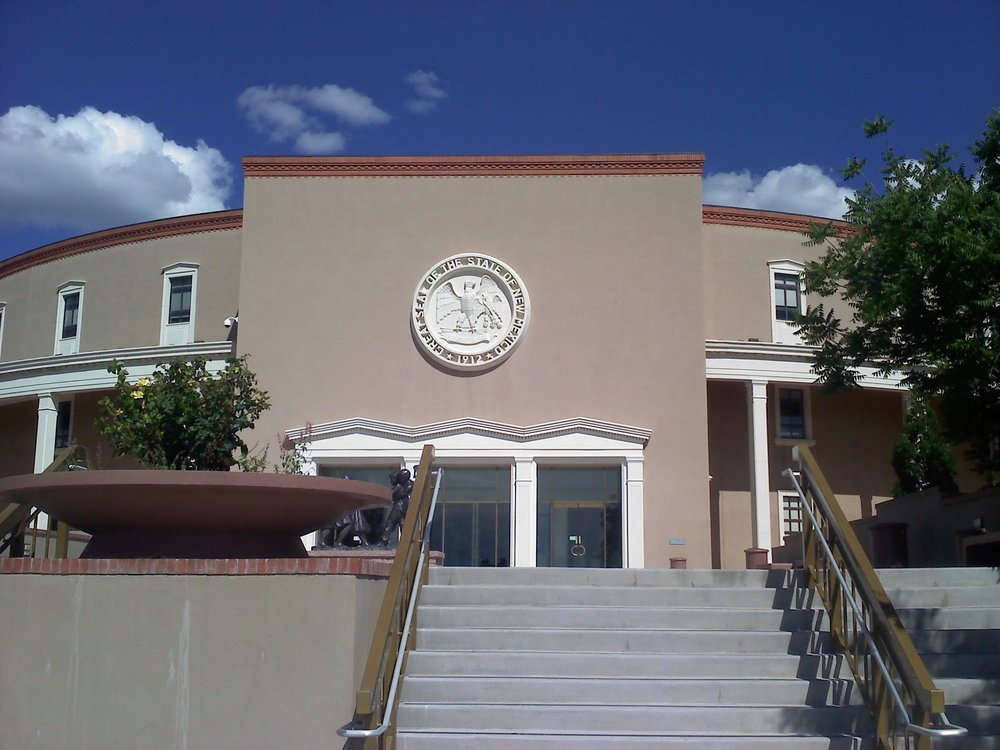 New_Mexico_State_Capitol_east_entrance.jpg
