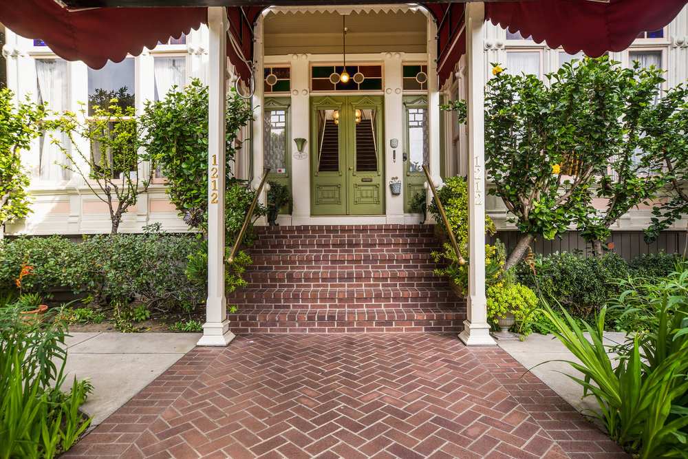 Garden Street Inn entryway