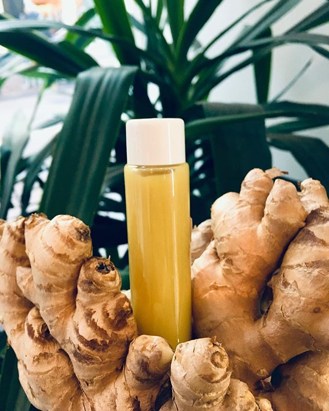 This week's ginger comes from Sulog Organics, a sustainable and organic agriculture supplier. They are committed to environmental conservation, cultural respect, generating sustained economic benifits, as well as respect and cooperation for the fulfillment of social rights and benifits.  #ginger #gingershot #sustainability #organic #coldpressed #coldpressedjuice #powershot #superfood #amsterdam #fitfood #fitness