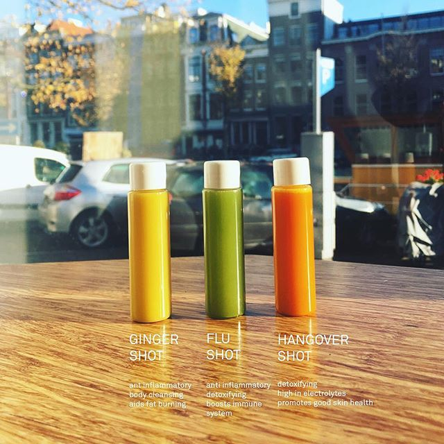 Take your best shot!  #coldpressed #coldpressedjuice #ginger #gingershot #gingerelixir #shot #nutrition #hangover #shopopening #amsterdam #vegan #rawjuice #plantbaseddiet #balance #fitness #health #fitfoodie #powershot #gym #detox #cleanse @ubereats_nl @deliveroo_nl @foodora.nl