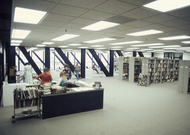 art-center-south-campus2-4-library.jpg