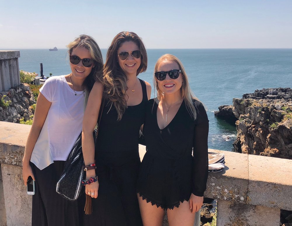 With digital nomad girl friends in Cascais, Lisbon, Portugal