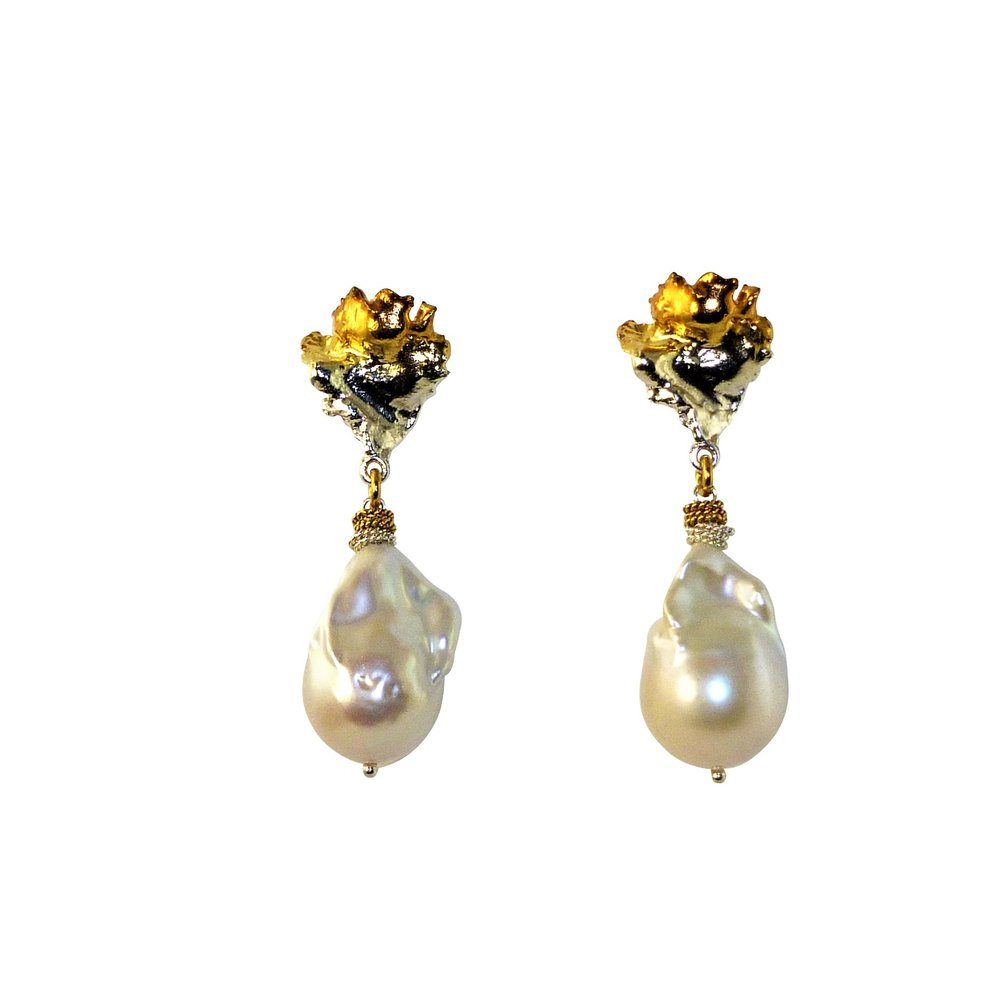 Voodoo lily pearl earrings $400.jpg