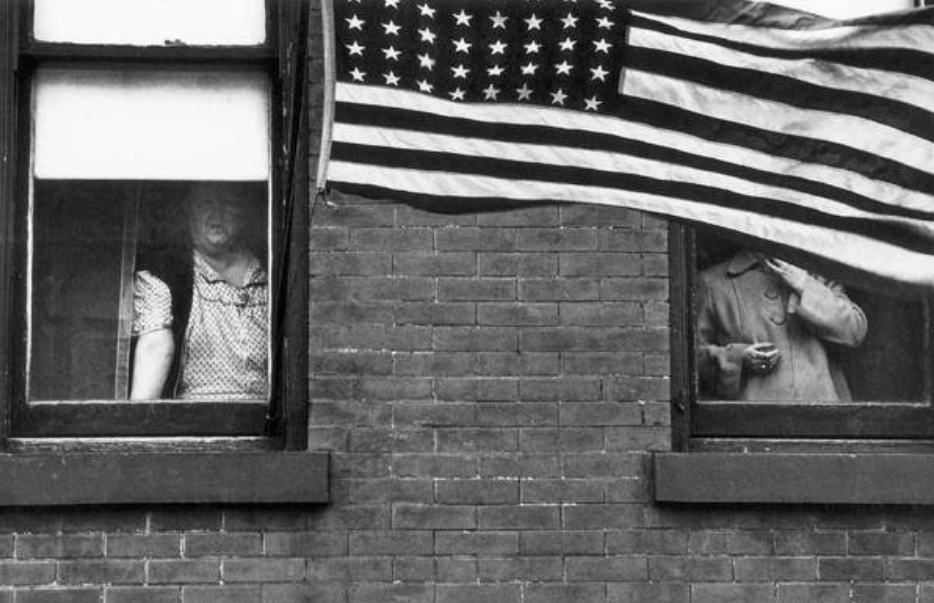 Parade, Hoboken, NJ - 1955 ©Robert Frank, courtesy of the Pace/McGill collection