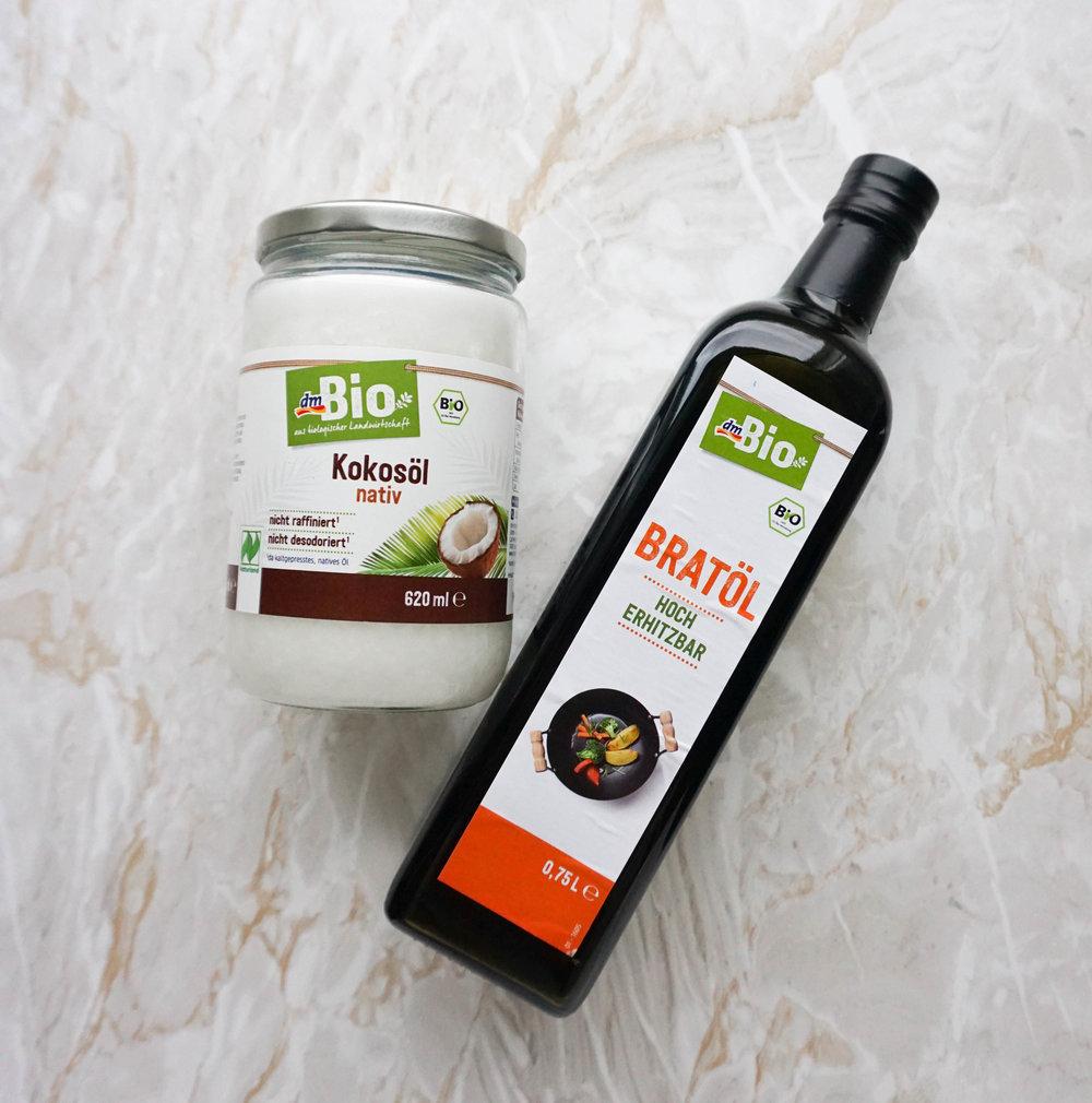 Plastikfrei Backen 101 - meine Tipps für nachhaltigere Zutaten ohne Unverpackt Laden (Vegan & Glutenfrei) Fette Öle.jpg