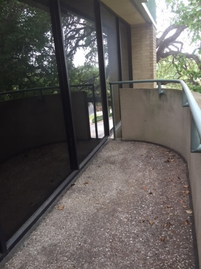 Room C, balcony