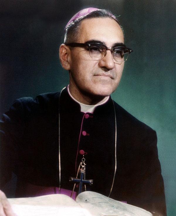 Monseñor_Romero_1979_EDIT.jpg