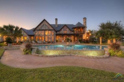 Huge House.jpg