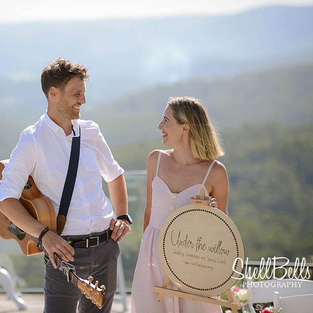 It's been lovely taking bookings this last few weeks and chatting to couples about their upcoming weddings and favourite songs! Throwback to this lovely day in January at the Hinterland Wedding Showcase. Here is a snapshot of our new press photos from @shellbellsphotography 🤗🙌☀️ Thank you Michelle! Taken on a stunning day @theolddairymaleny Seriously- this view! 🥰