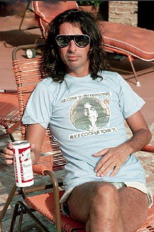 Alice Cooper 1975s