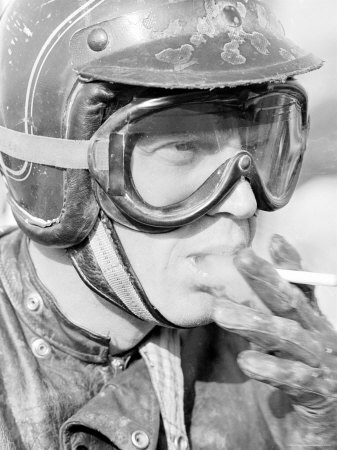 steve-mcqueen-in-helmet-and-goggles-during-500-mi-motorbike-race-across-mojave-desert