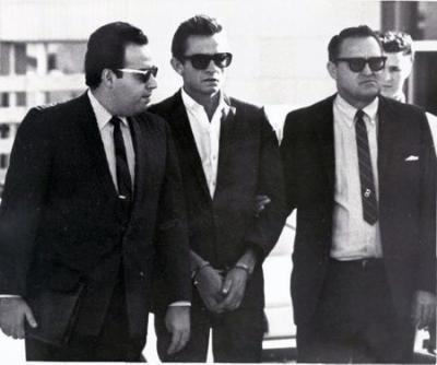 Johnny+Cash++makes+bond