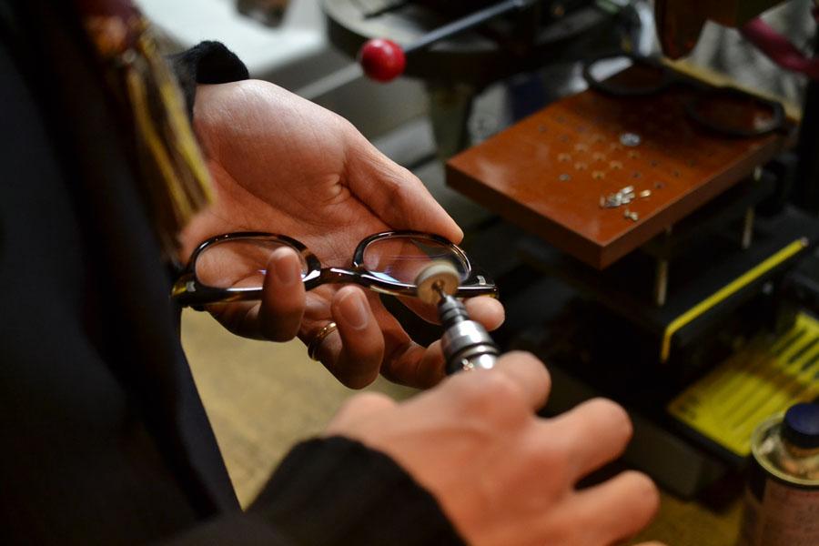 Buffing the vintage frames to make them burnished