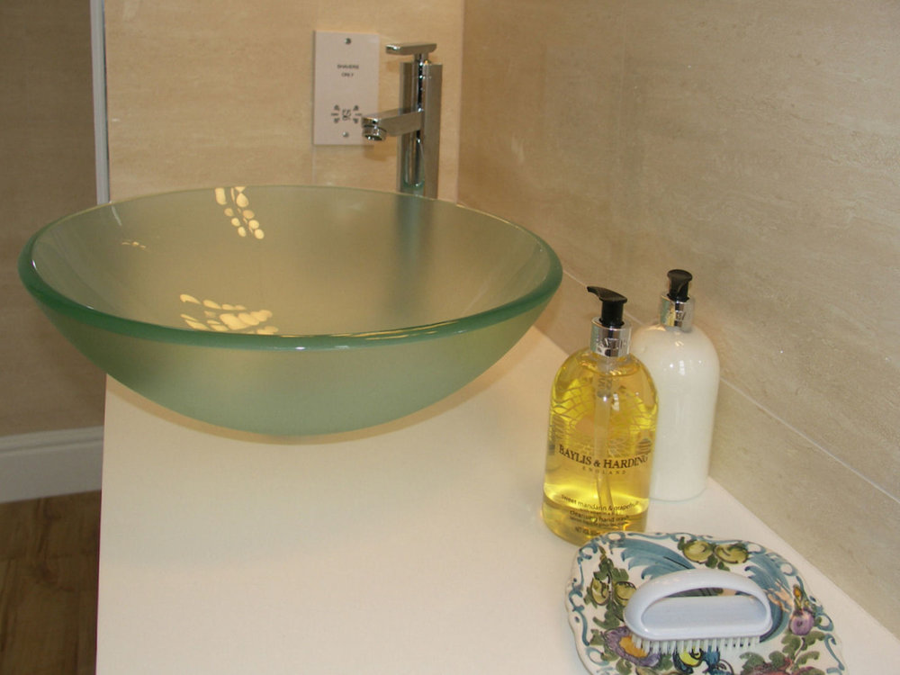 Polly's Room basin.jpg
