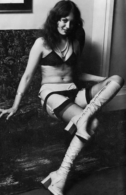 Amanda Dell - 1.jpeg