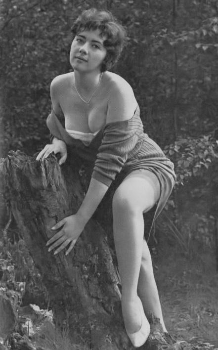 Janet Scowen - 1.jpeg