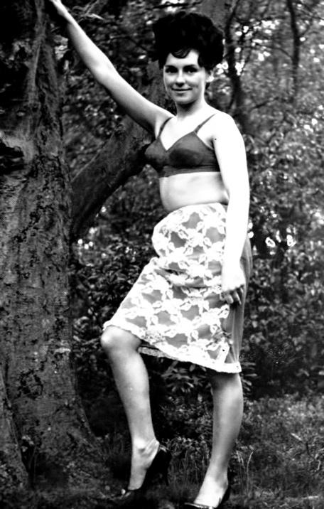 Rosanne Stuart - 4.jpeg