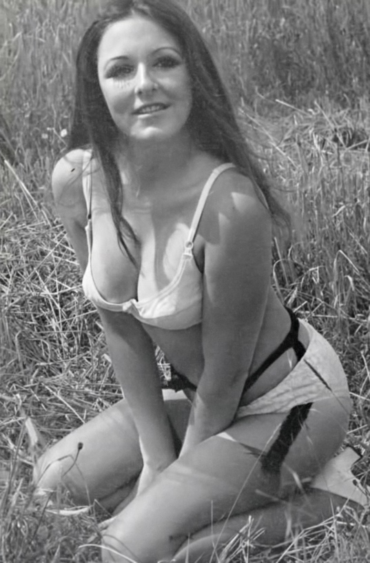 Pamela Gastell-2.jpeg