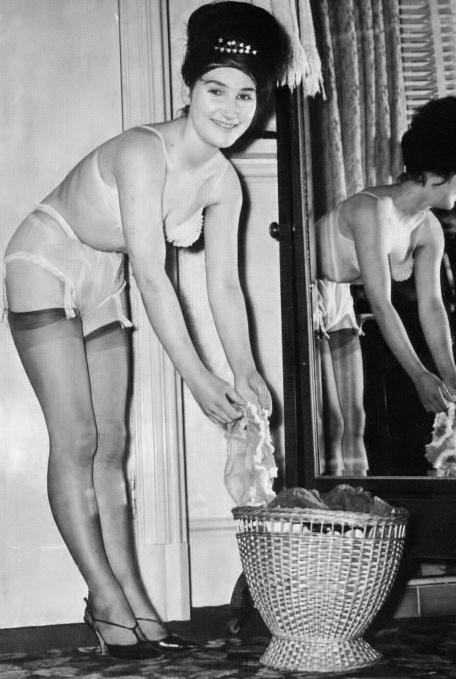 Sylvia Stuart - 4.jpeg