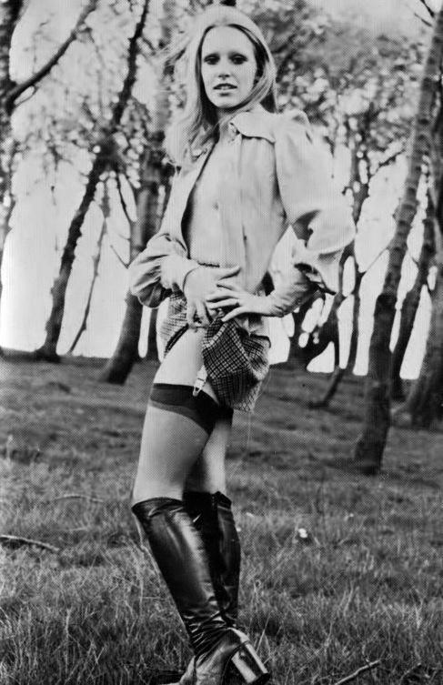 Jane Brewerton-4.jpeg