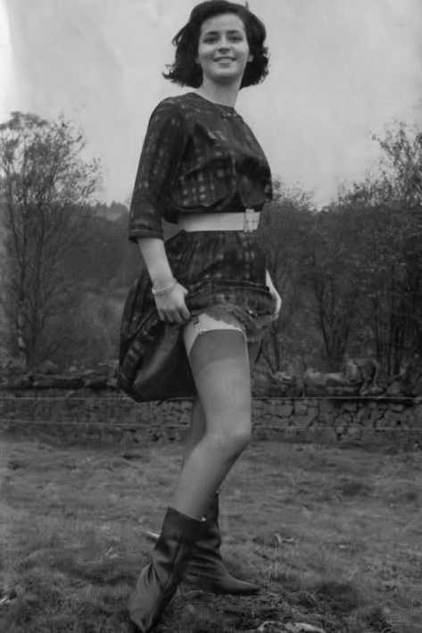 Vicki Munro - 1.jpeg