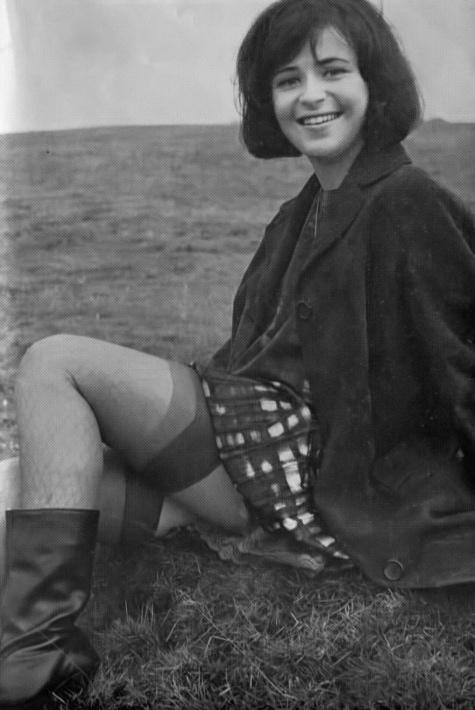 Vicki Munro - 5.jpeg