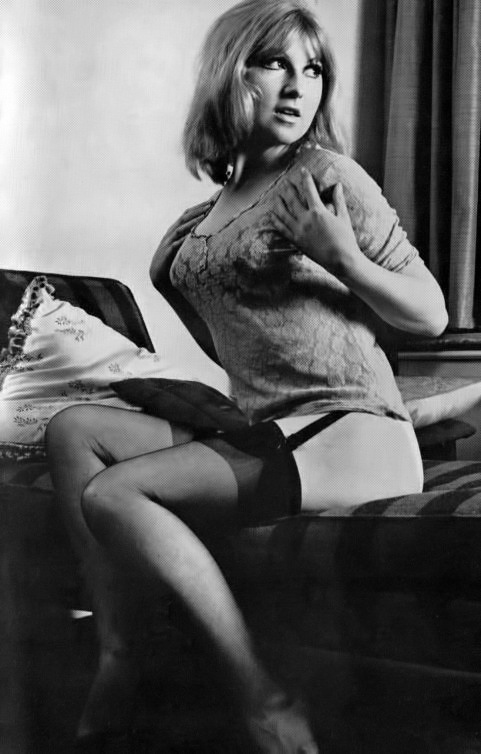 Nina Barrett-2.jpeg