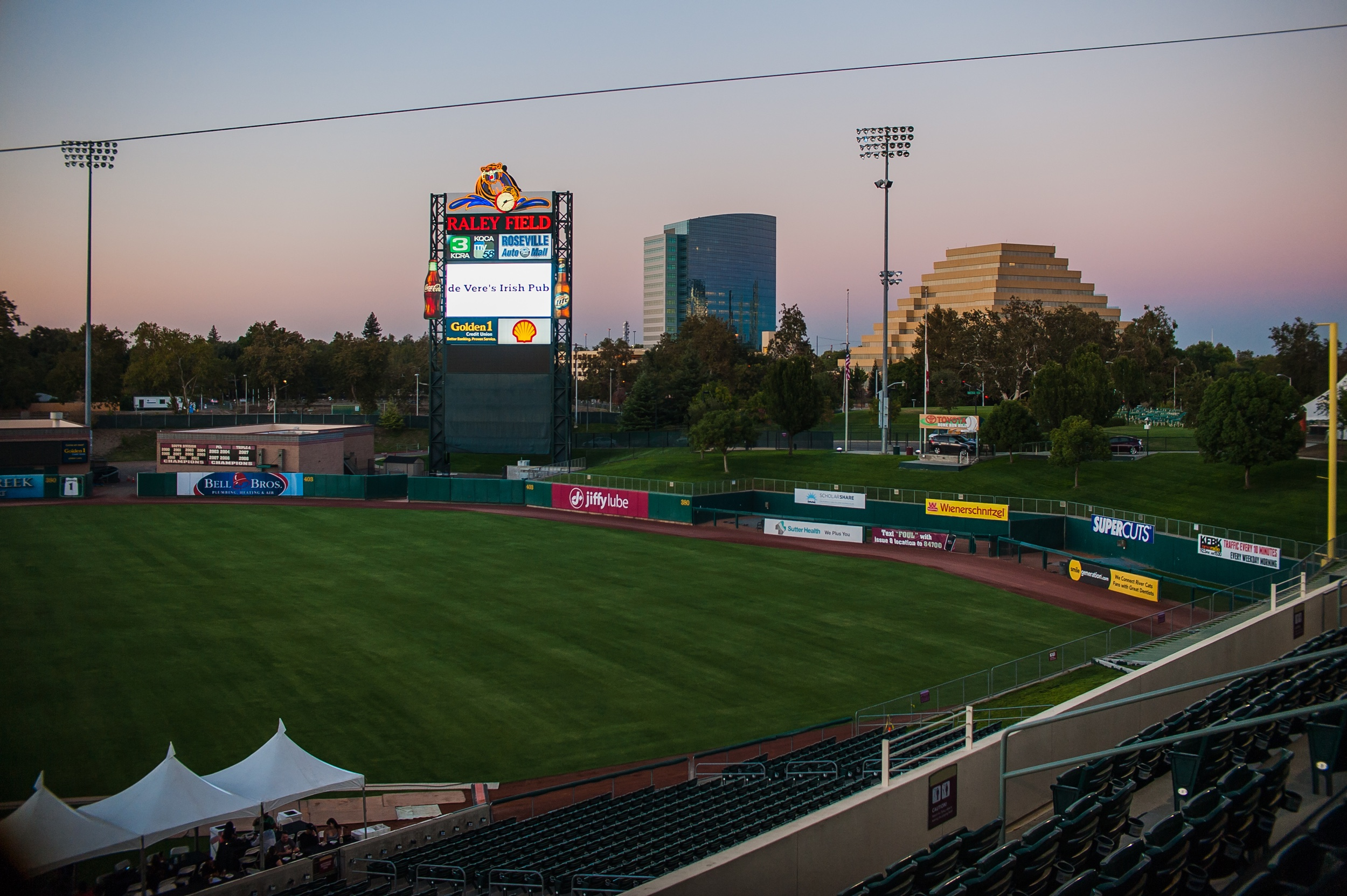 de Vere's at Raley Field