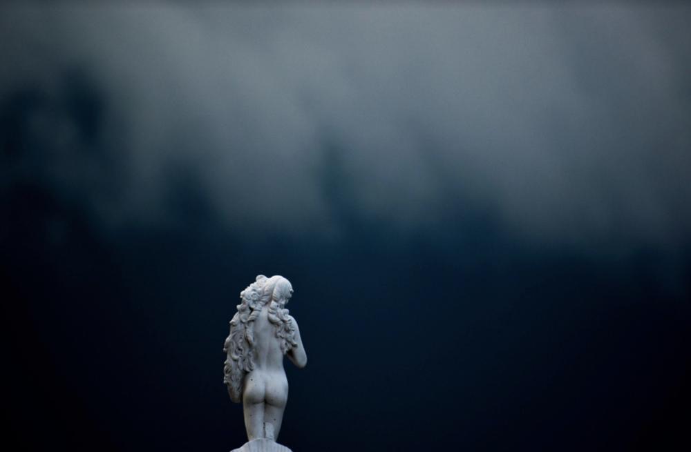 image by joe de sousa, unsplash