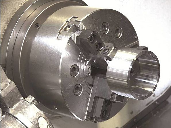 InoTop chuck jaw with workpiece
