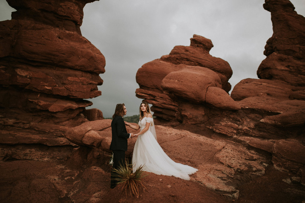 garden of the gods elopement (2 of 29).jpg