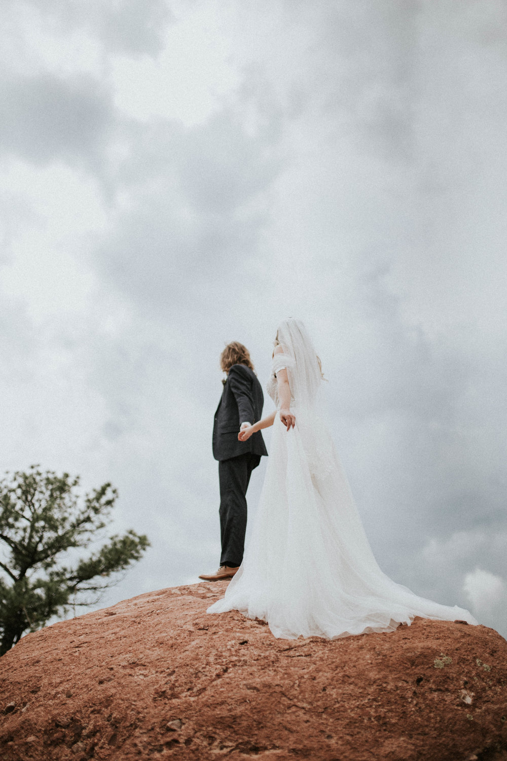 garden of the gods elopement (23 of 29).jpg