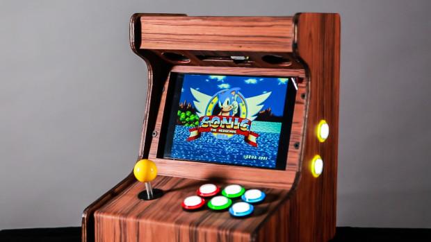 retro-sonic-arcade-machine-by-pixelplay